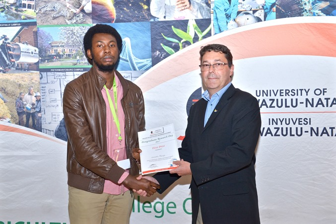Prizes - Chukwuka Monyei won best PhD oral presentation - MSCS