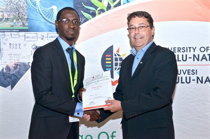 Prizes - Murtala Isah won best PhD oral presentation - Life Science