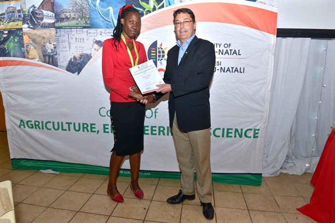 Prizes - Tabitha Amollo won best PhD oral presentation - Chemistry & Physics